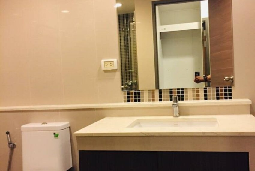 Rende 1b1b_bathroom p.1