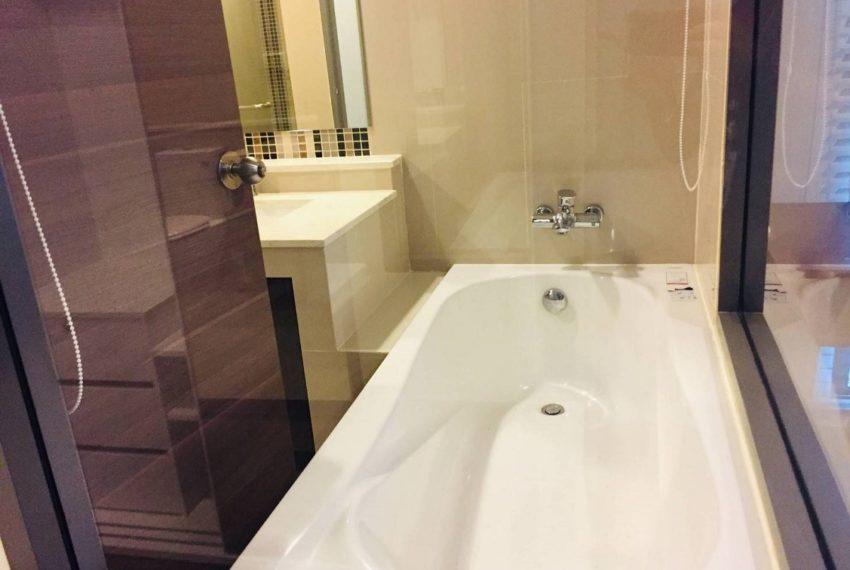 Rende 1b1b_bathroom p.3