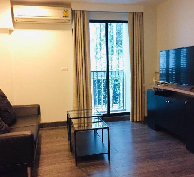 Cheap condo rental near university in Asoke - 1 Bedroom - Rende condominium