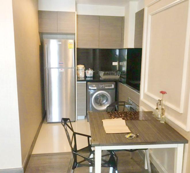 Flat 1 bedroom for Rent in Asoke - low-rise - Rende Sukhumvit 23