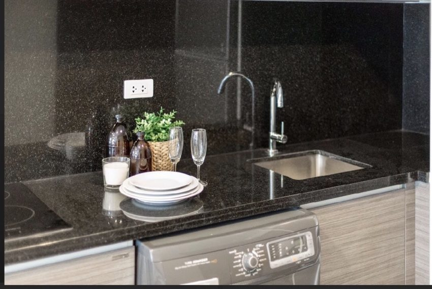 Rende Sukhumvit 23 - 1-bedrom - sale with tenant - fitted kitchen