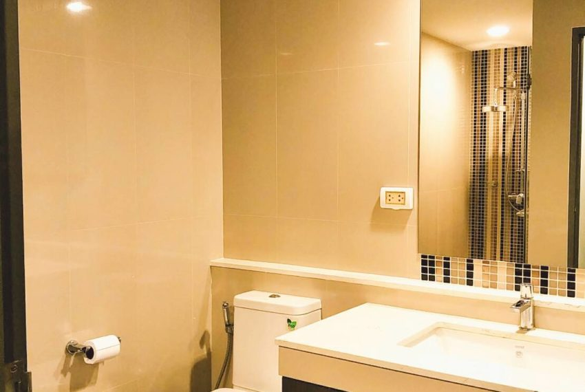 Rende Sukhumvit 23 - 2-bedroom-RENT-bathroom
