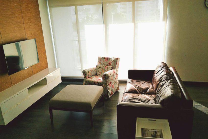 Rende Sukhumvit 23 - 2-bedroom-RENT-flat-TV