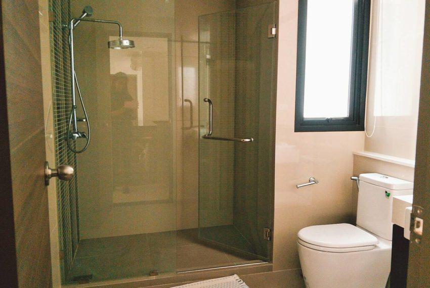 Rende Sukhumvit 23 - 2-bedroom-RENT-toilet