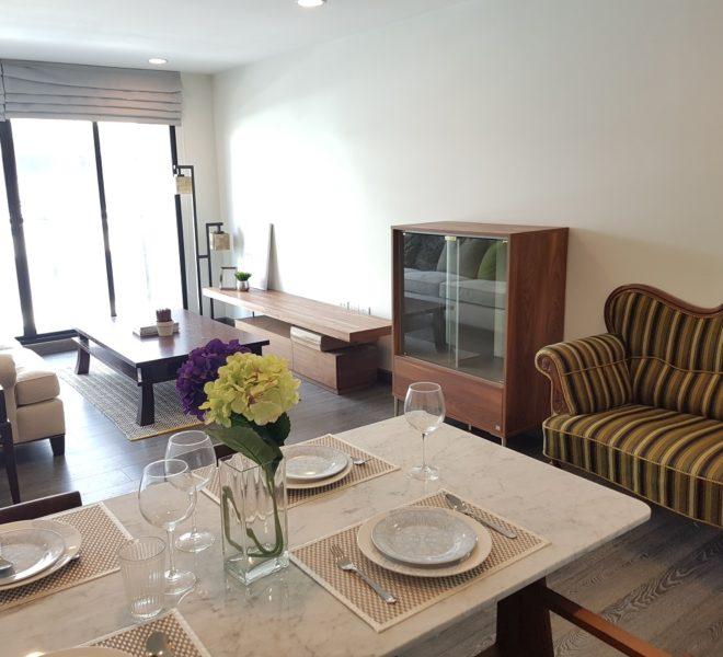 Rende Sukhumvit 23 2bedroom sale - dinning and living