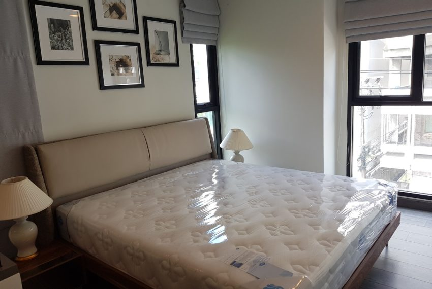 Rende Sukhumvit 23 2bedroom sale - king size bed