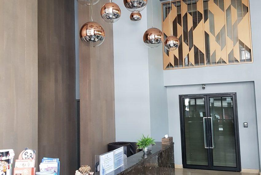 Rende Sukhumvit 23 serenity condo in Asoke - nice lobby
