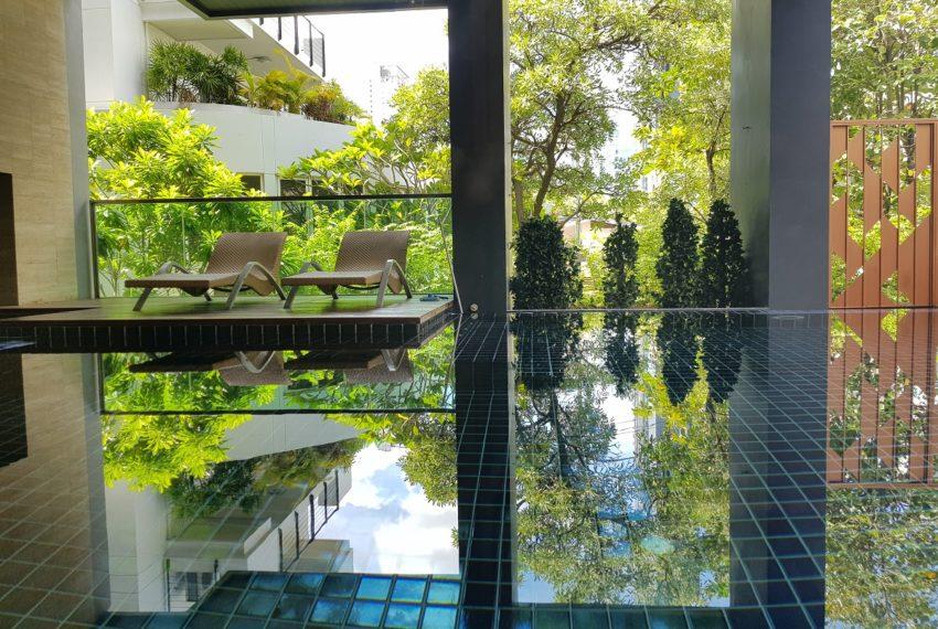 Rende Sukhumvit 23 serenity condo in Asoke - swimming pool