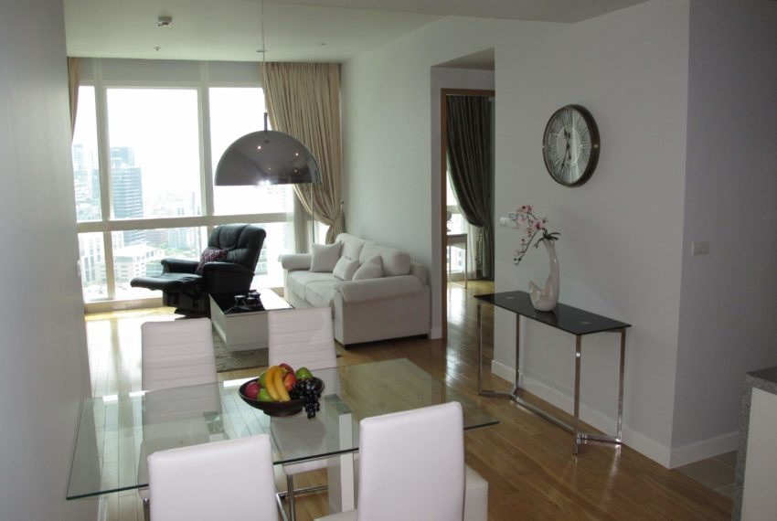Rent in Millennium Residence - living area