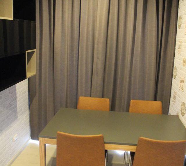 Rhuthm Asoke - 1-bedroom-Rent-high-floor-dinning