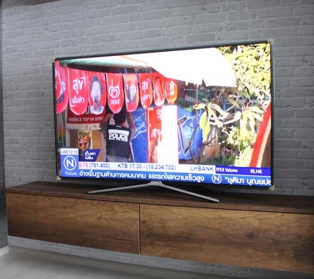 Rhuthm Asoke - 1-bedroom-Rent-high-floor-flat-TV