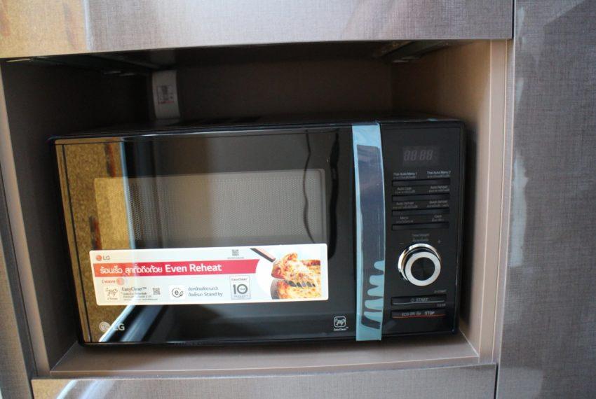 Rhuthm Asoke - 1-bedroom-Rent-high-floor-microwave