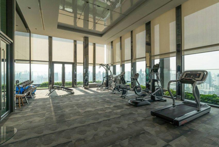 Rhythm Ekkamai condominium - fitness