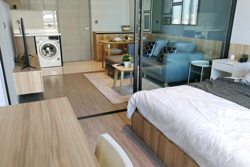 RhythmEkamai_1b1b_22FL_Bedroom1.4