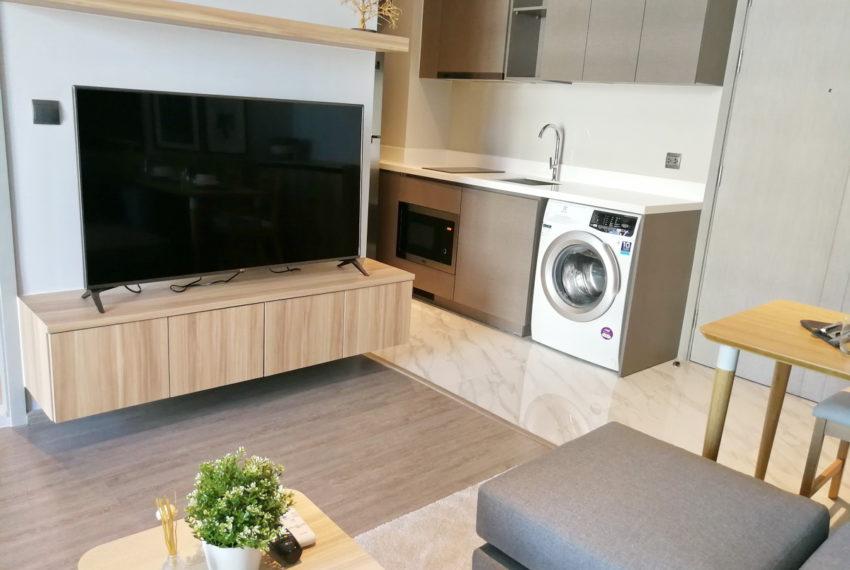 RhythmEkamai_1b1b_22FL_Livingroom1.4