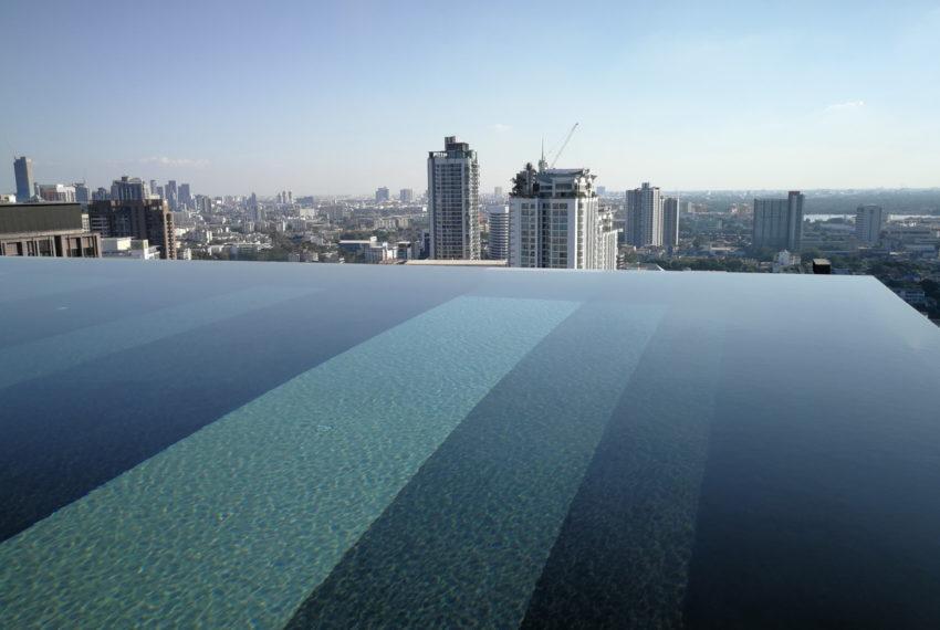 RhythmEkamai_1b1b_22FL_Swimmingpool1.5