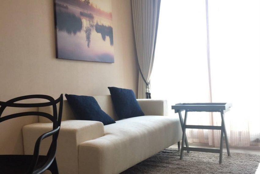 RhythmSukhumvit 42- 1b1b-Livingroom