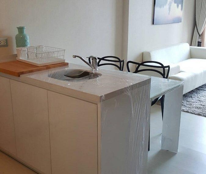 RhythmSukhumvit 42- 1b1b-dining room corner