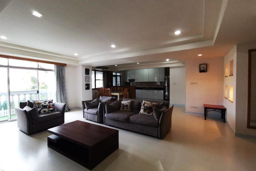 Royal Castle - for sale - 3b3b - Living room 1