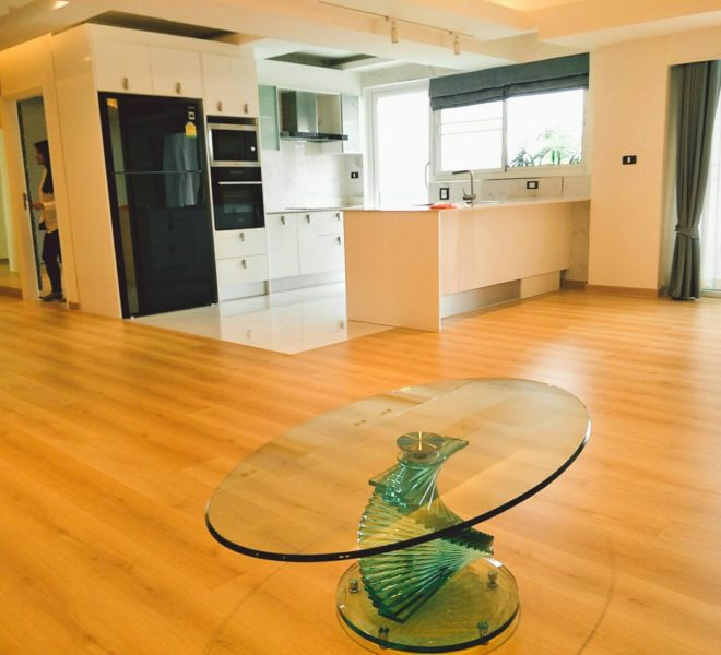 3-bedroom Condo Phrom Phong for Sale in Royal Castle Sukhumvit 39