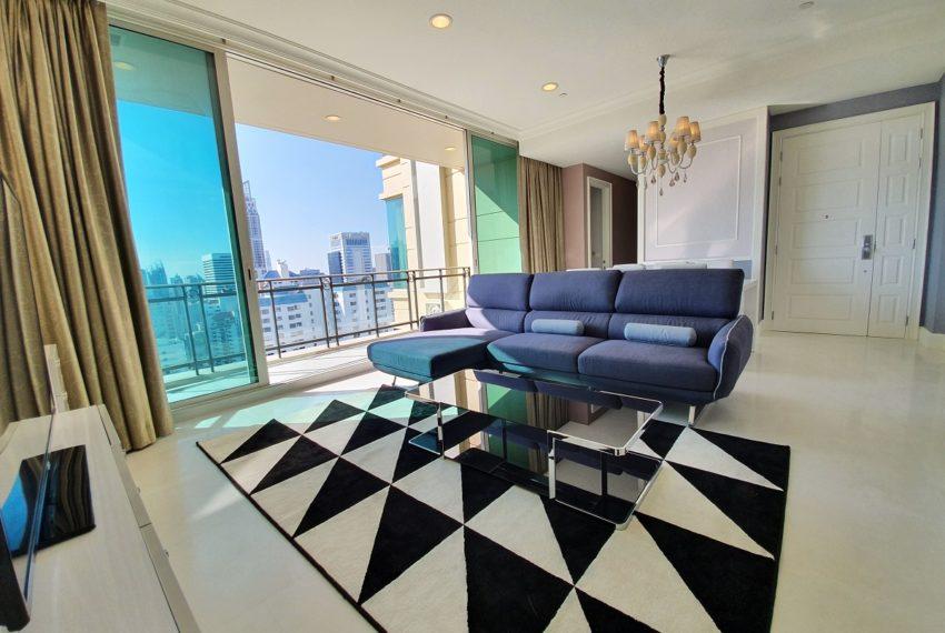 Royce Private Residences 3 Bedroom - Rent - balcony
