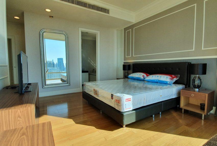 Royce Private Residences 3 Bedroom - Rent - bedroom 1