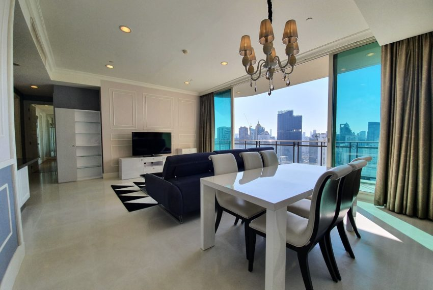 Royce Private Residences 3 Bedroom - Rent - dinning