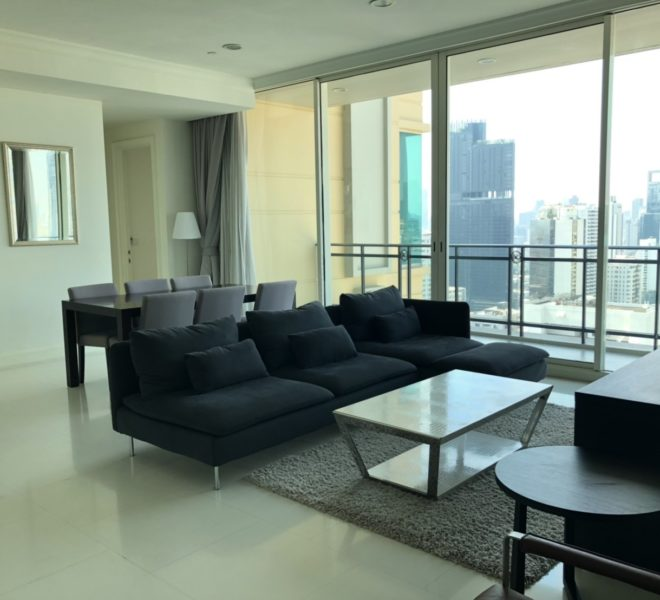 Luxury apartment for rent in Asoke - 3 bedroom - high floor - Royce Private Residences