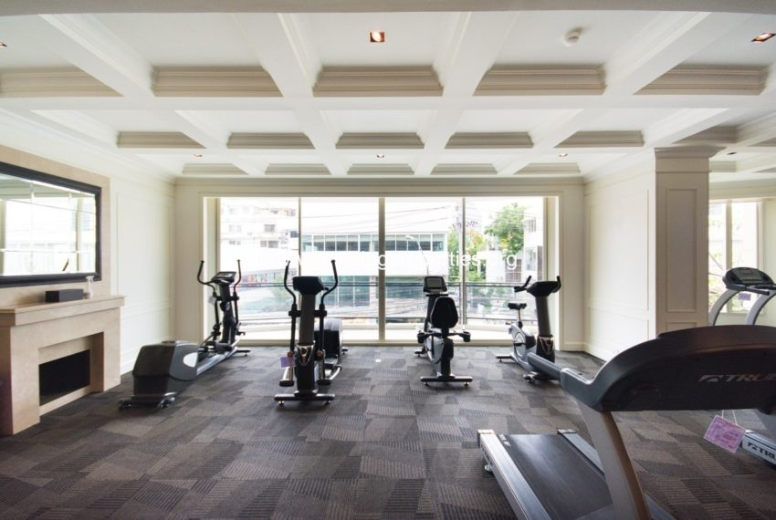Royce Private Residences Condominium in Asoke - fitness