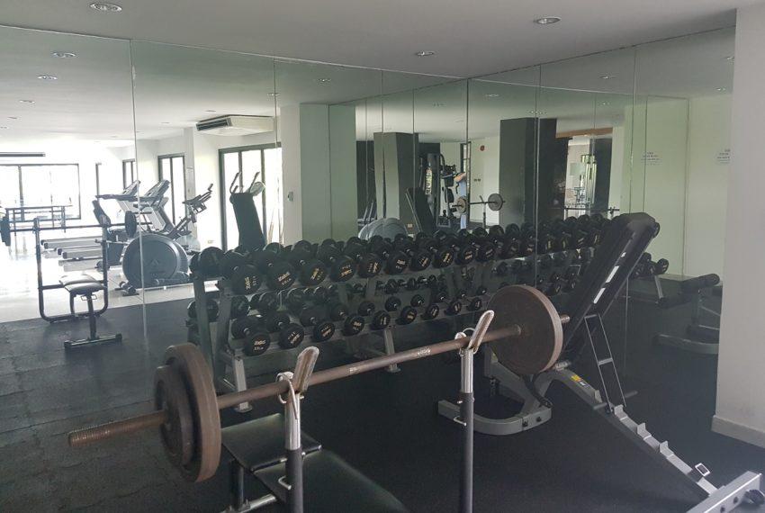 Ruamjai Height Sukhumvit 15 - gym