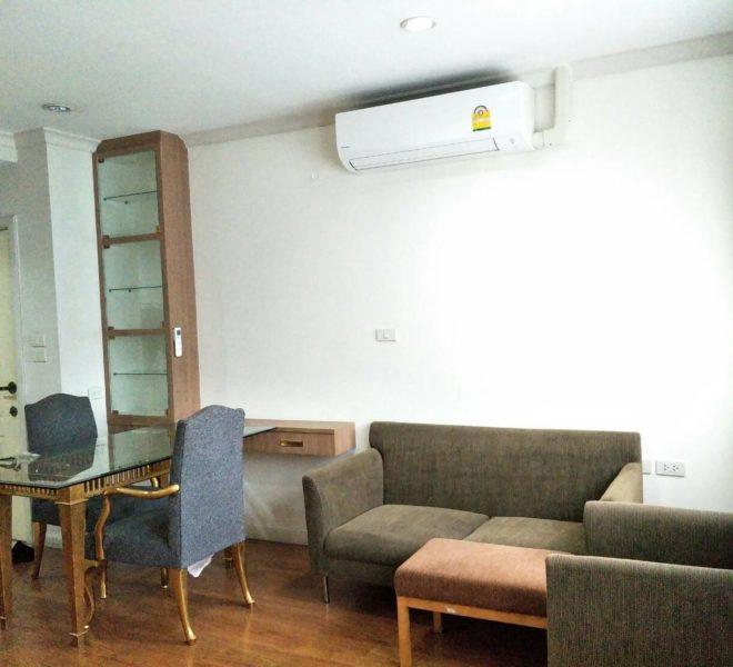 Cheap 2 bedroom condo for Sale in Asoke - high floor - Grand Park View Asoke