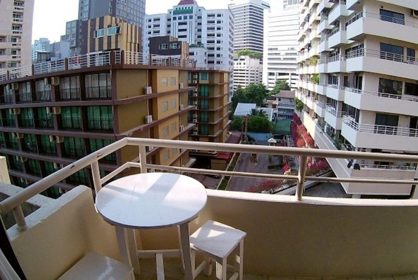 SaranjaiMansion_Balcony_Rent