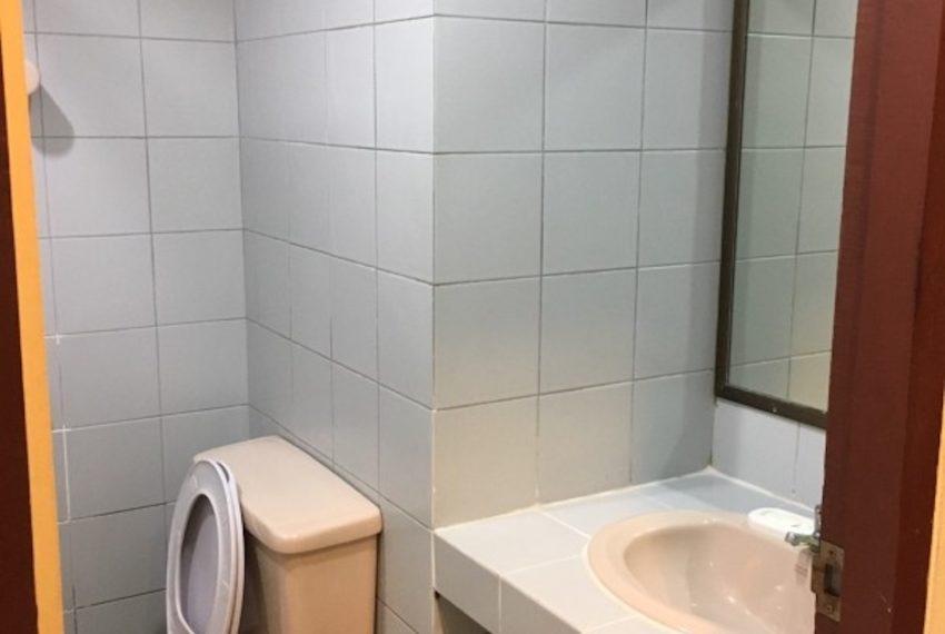SaranjaiMansion_Bathroom_Rent