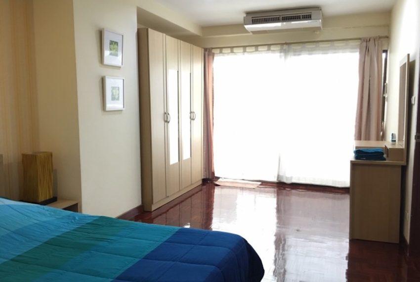 SaranjaiMansion_Bedroom_Rent