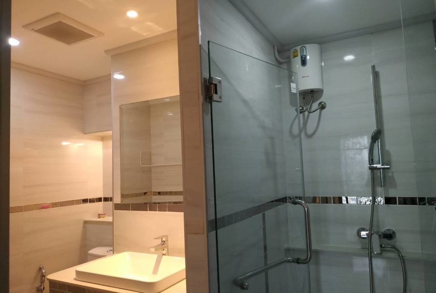 Saranjai_bathroom2_Sale