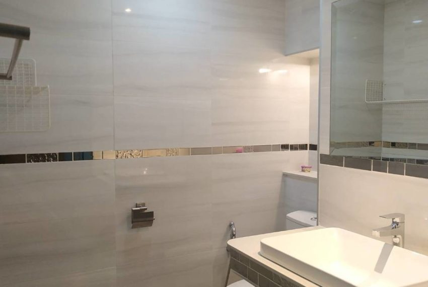 Saranjai_bathroom3_Sale