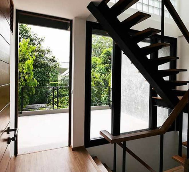 House for rent at Ekkamai 22 - 3-story - 3-bedrooms - pet-friendly