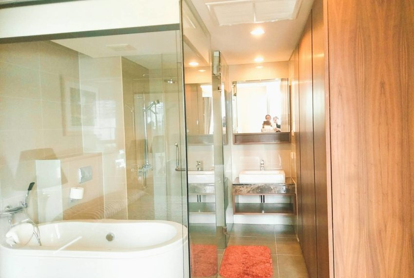 Siamese Gioia Sukhumvit 31-2-bedrooms-sale-bathroom
