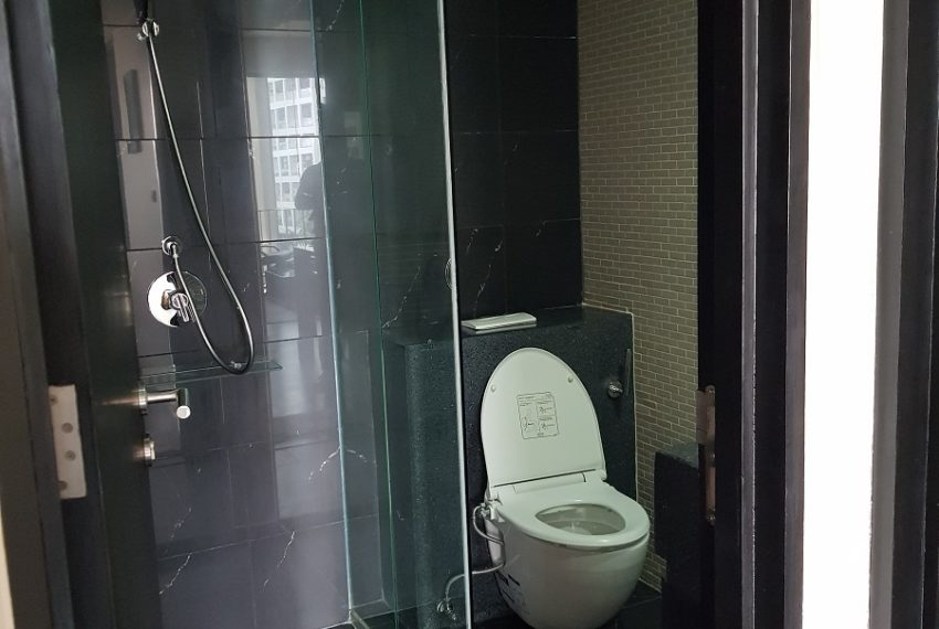 Siamese Gioia Sukhumvit 31 - 2b2b sale - toilet