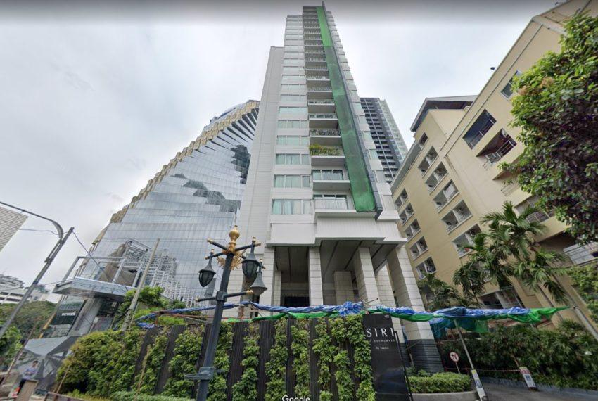 Siri-at-Sukhumvit-Condo-building-from-street