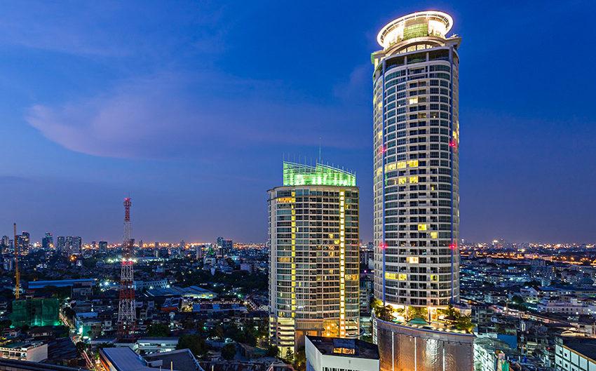 Sky Walk Condo Sukhumvit Bangkok near BTS - building01
