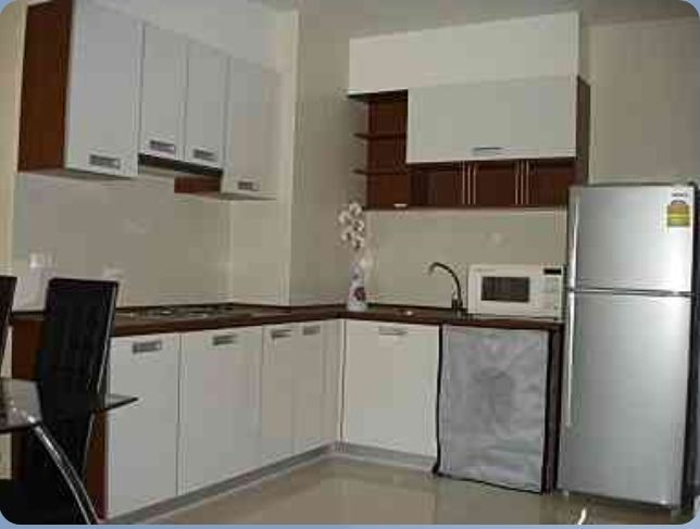 Sukhumbit-City-Resort-2b2b-mid-floor-sale-kitchen (2)