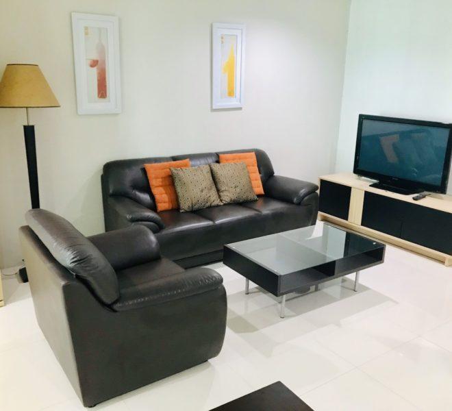 Cheap flat for rent near MRT in Asoke - 1 bedroom - mid floor - Sukhumvit Living Town