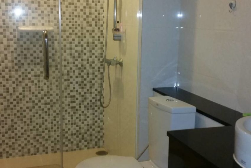 Sukhumvit City Resort 1 bedroom sale - toilet