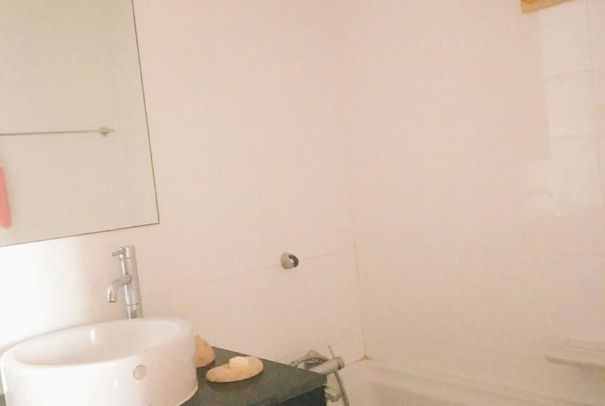 Sukhumvit City Resort 2 bedrooms sale - bathroom