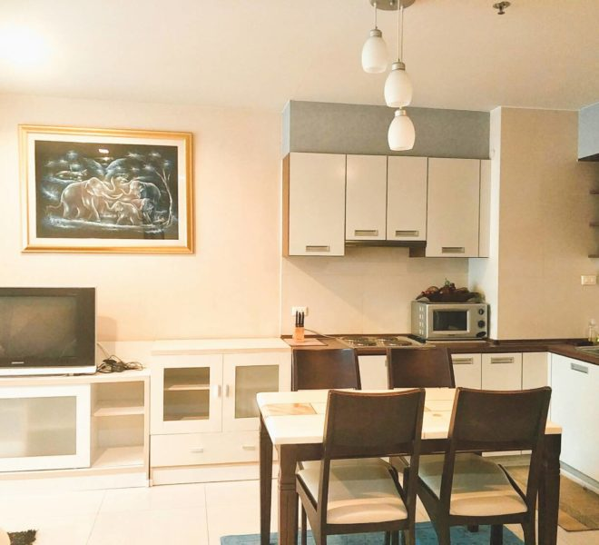 Large 2-Bedroom Condo in Quiet Side of Sukhumvit Soi 11 in Nana