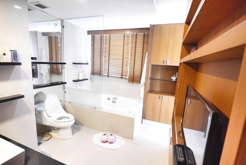 Sukhumvit-City-Resort-2-beds-sale-bathroom