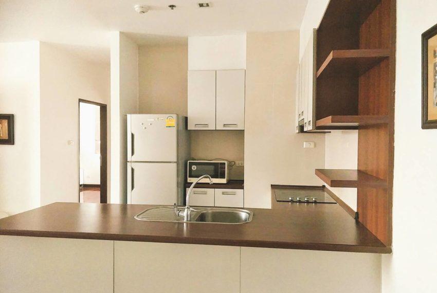 Sukhumvit-City-Resort-2b2b-86sqm-sale-equipped-kitchen