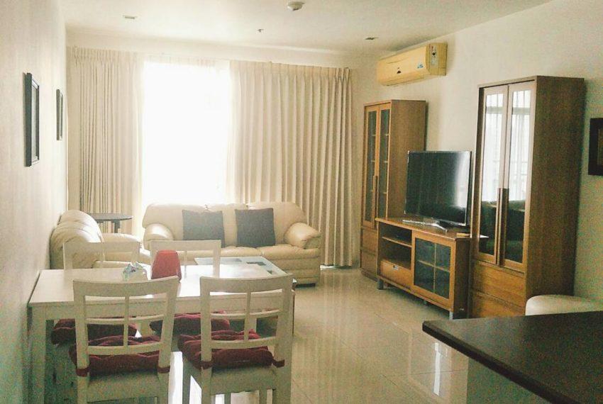 Sukhumvit-City-Resort-2b2b-86sqm-sale-living