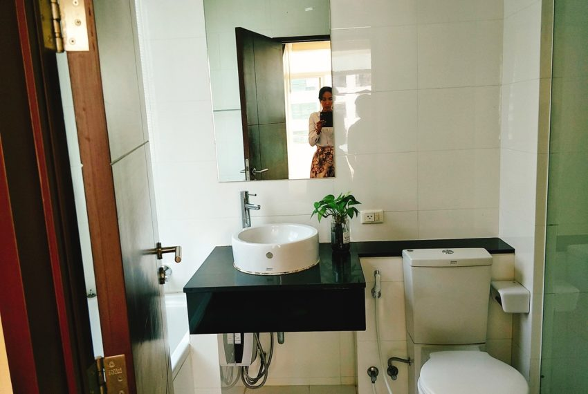 Sukhumvit City Resort - 2b2b - sale - bathroom